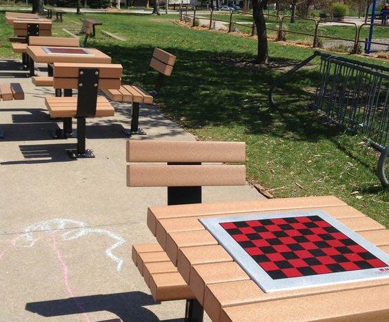 עיצוב מרחבי למידה–משחקי שולחן