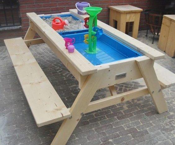 שולחן משחקים