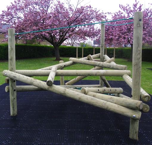 גן המשחקים הטבעי לחצר בית הספר