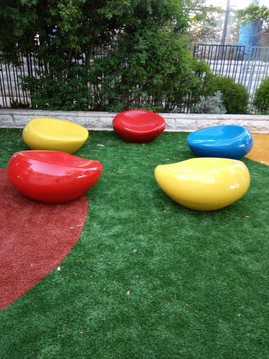 """דשא סינטטי מעוצב – ביה""""ס היובל"""