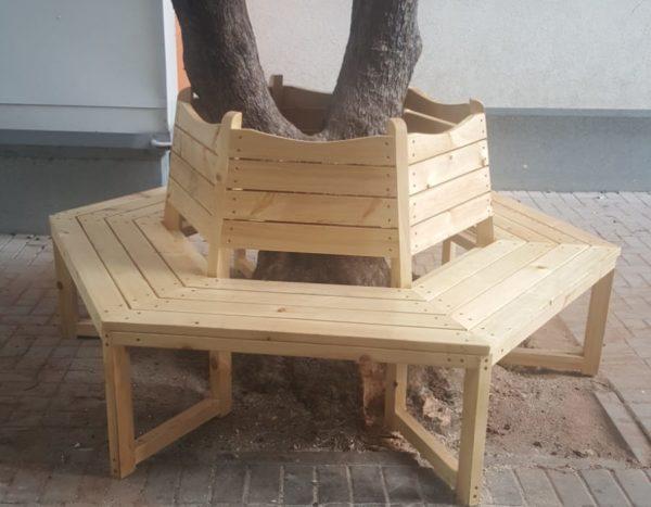 """ספסל סביב בעץ –  ביה""""ס מירון  תל אביב"""